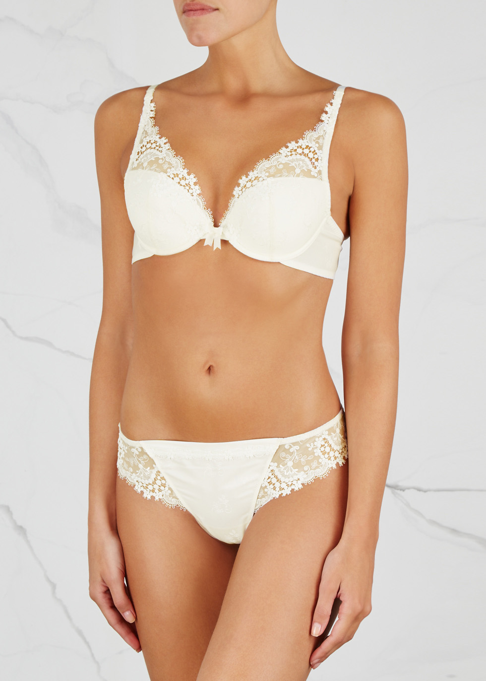 Wish ivory lace push-up bra - Simone Pérèle