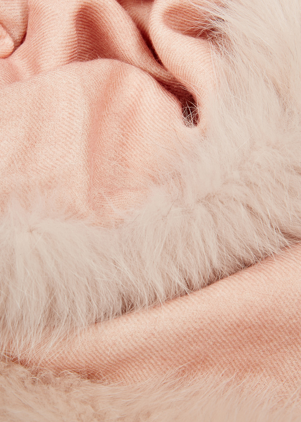 Pale pink fur-trimmed wool scarf - AMA Pure