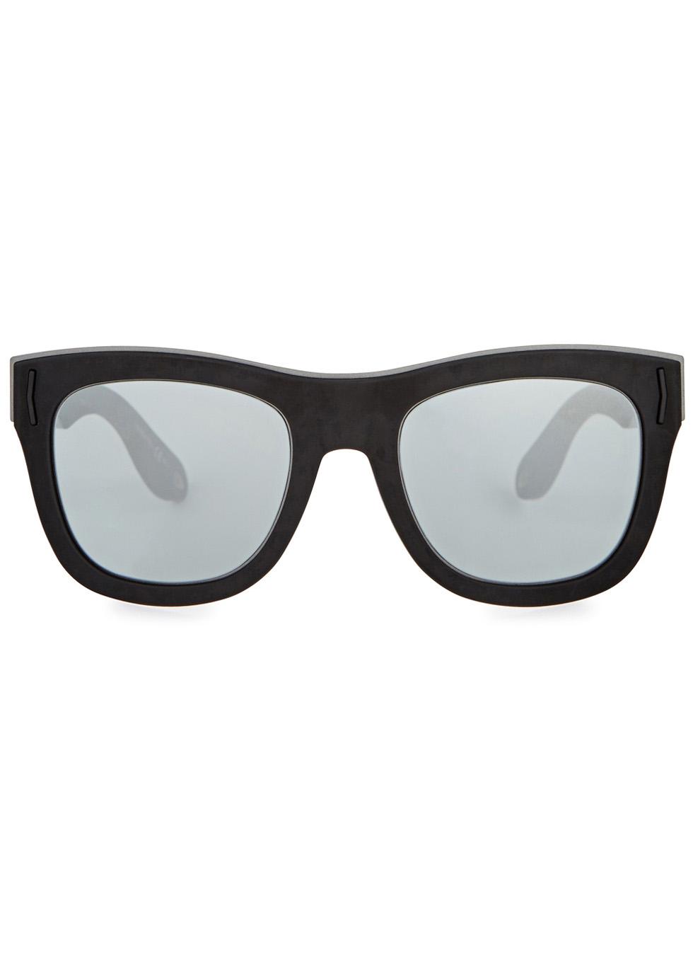 Matte black wayfarer-style sunglasses - Givenchy