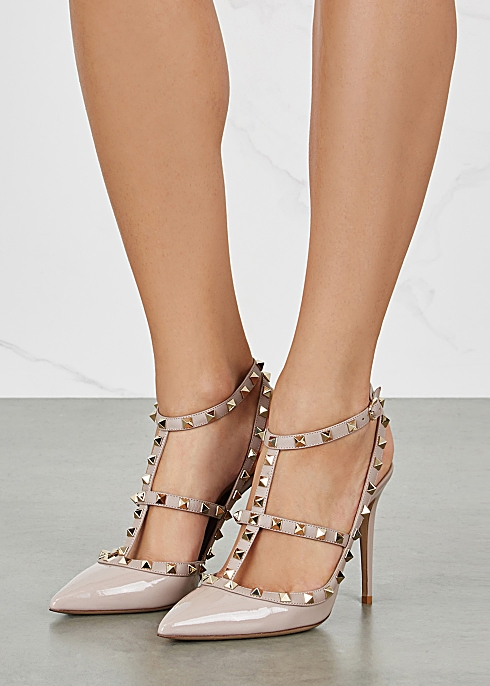a04659a69 Valentino Garavani Rockstud 100 blush patent leather pumps - Harvey ...