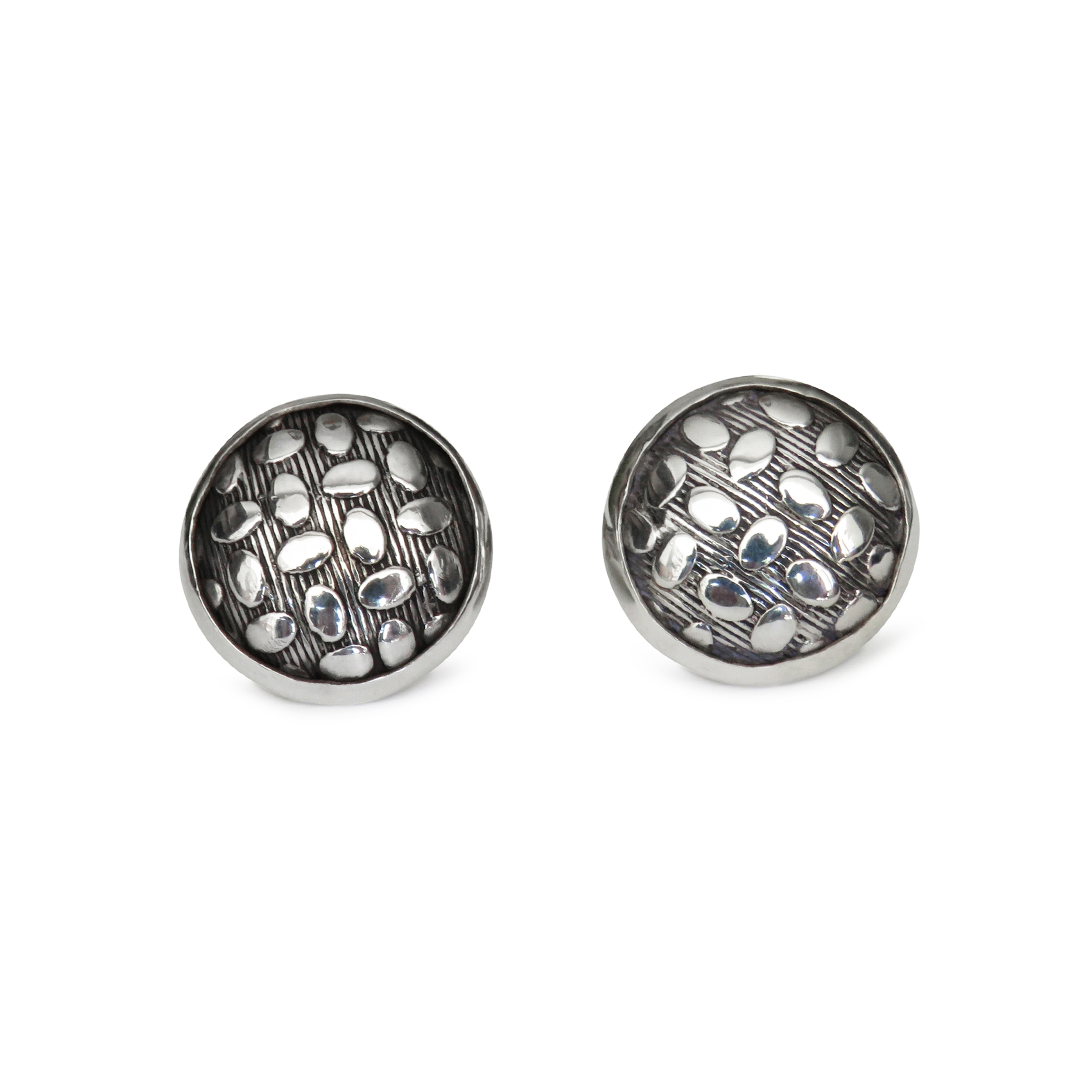 ISABEL ENGLEBERT Pebble Silver Cufflinks