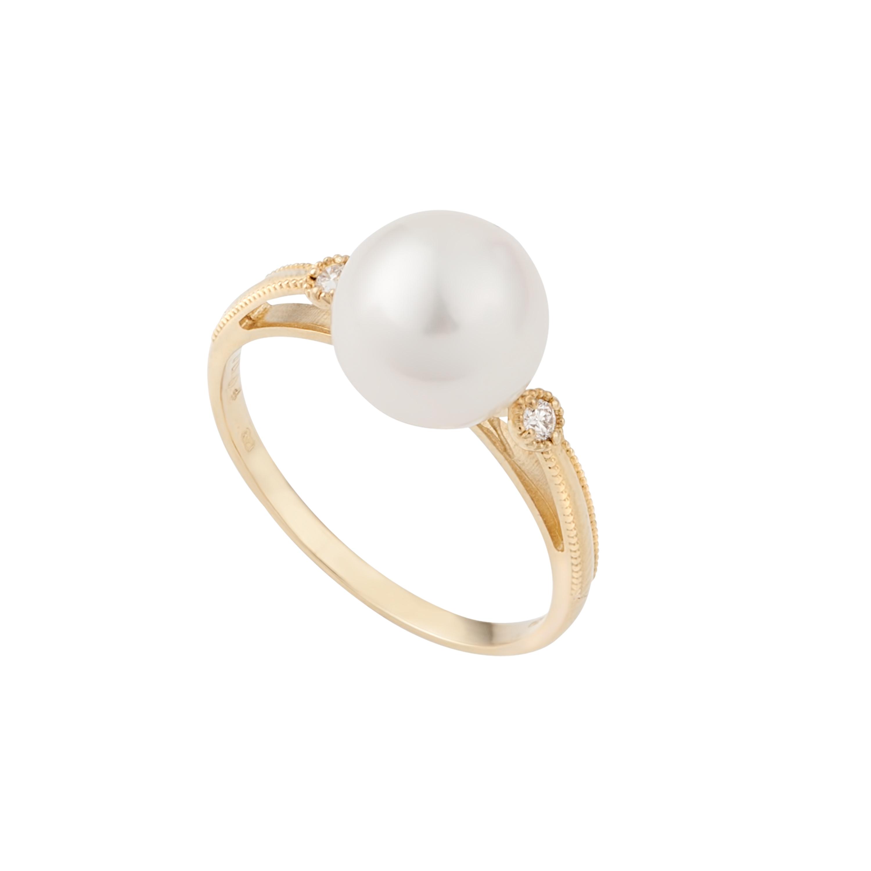 KOJIS PEARL AND DIAMOND RING