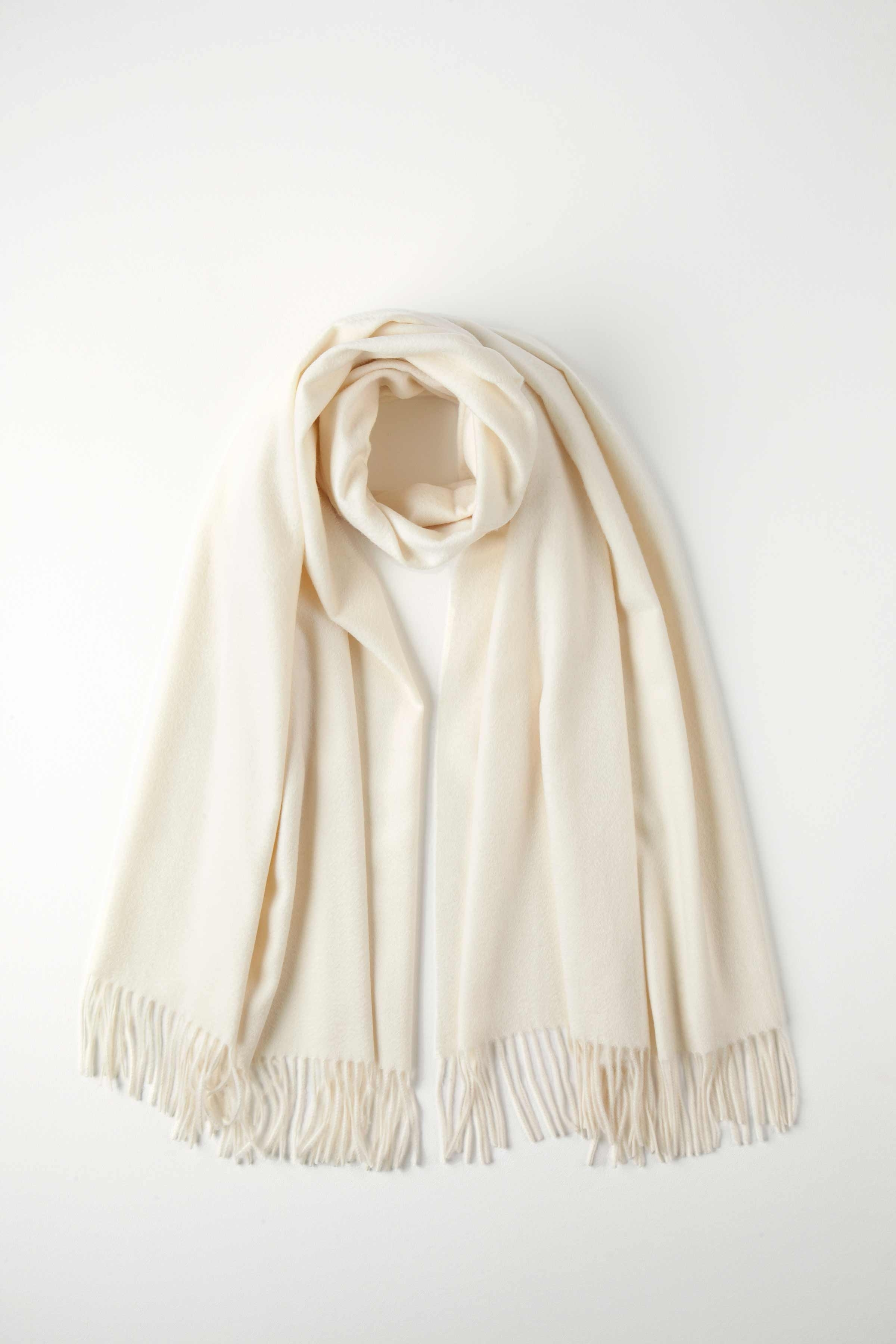 JOHNSTONS OF ELGIN WHITE CLASSIC CASHMERE STOLE