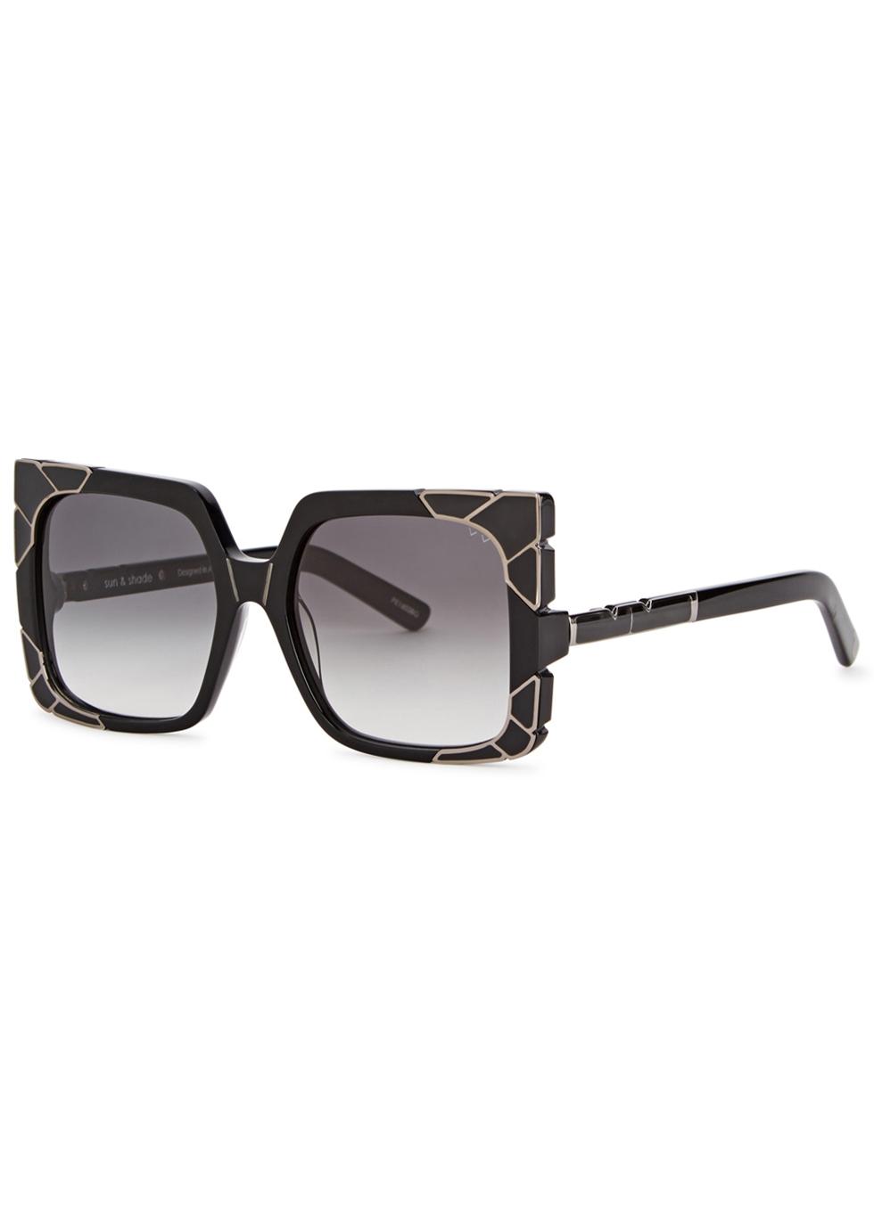 PARED EYEWEAR Sun & Shade Oversized Sunglasses in Black