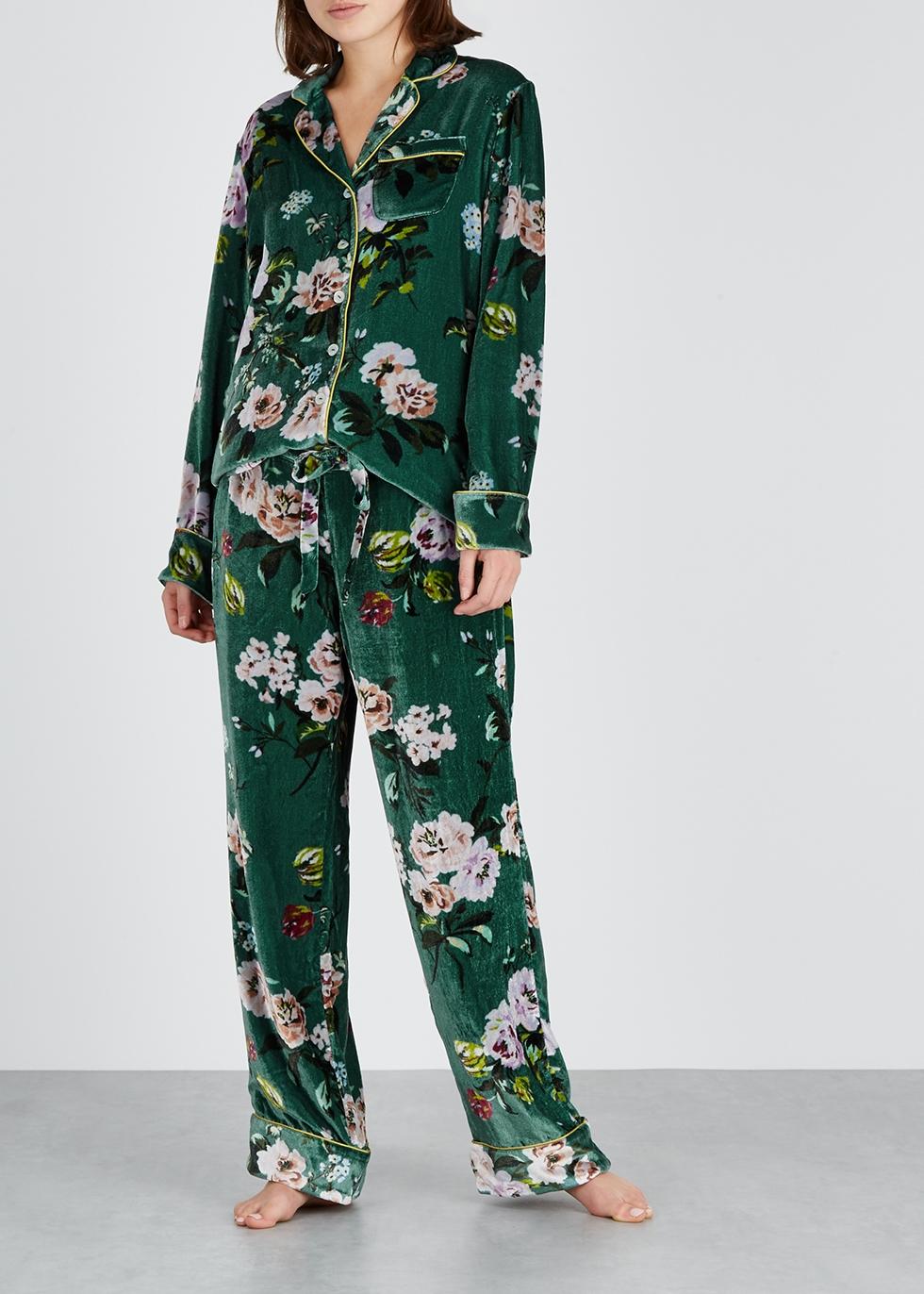 9ab9f1377b6 Designer Sleepwear - Luxury Lingerie - Harvey Nichols