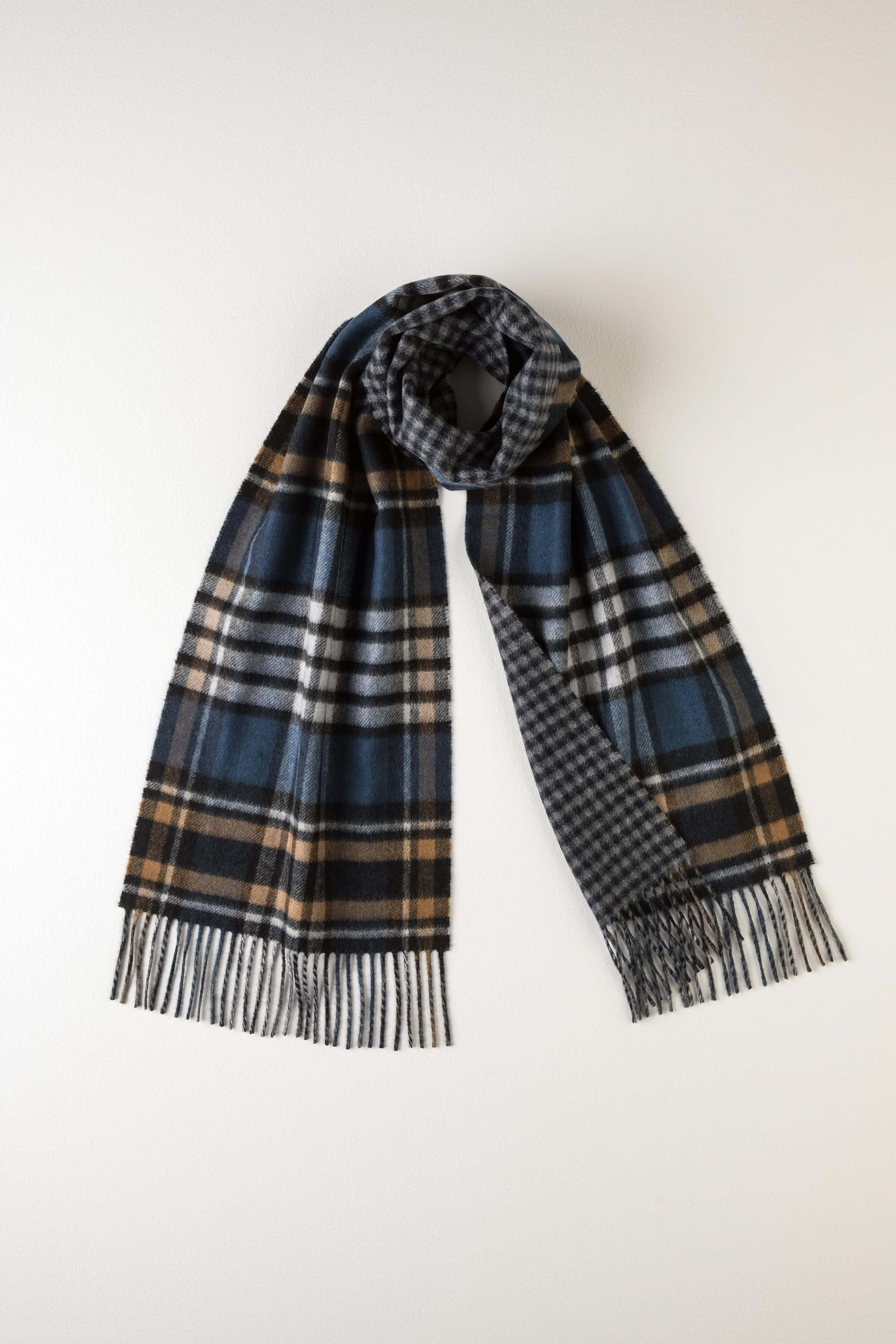 JOHNSTONS OF ELGIN CHECK & GUNCLUB SPORTY REVERSIBLE CASHMERE SCARF