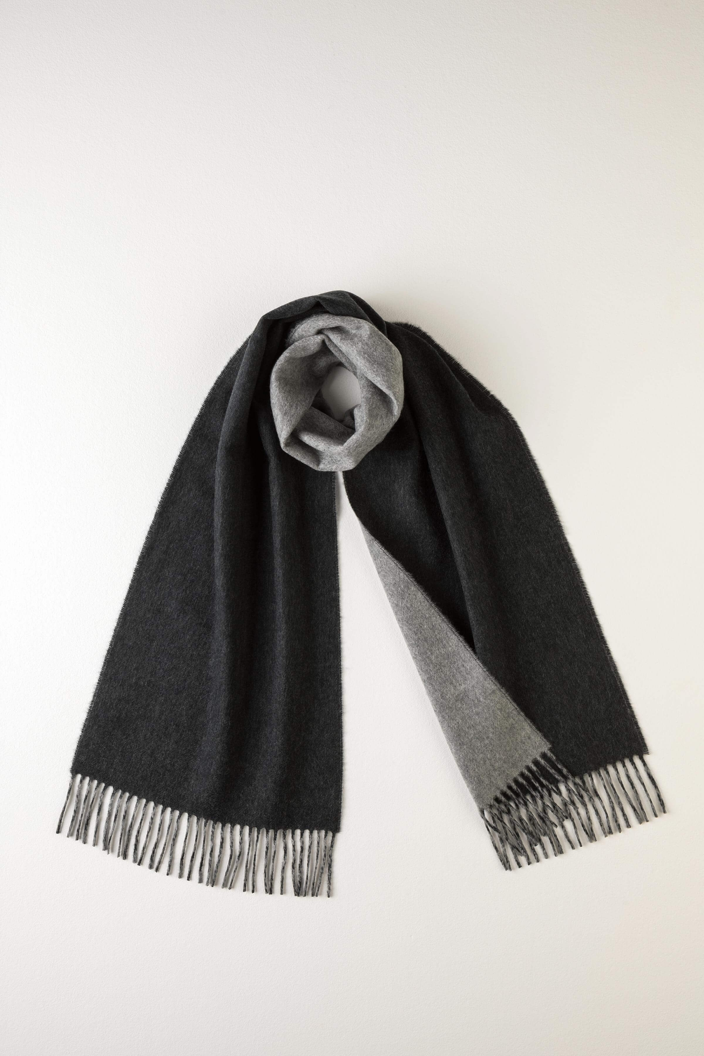 JOHNSTONS OF ELGIN CHARCOAL & GREY CONTRAST REVERSIBLE CASHMERE SCARF