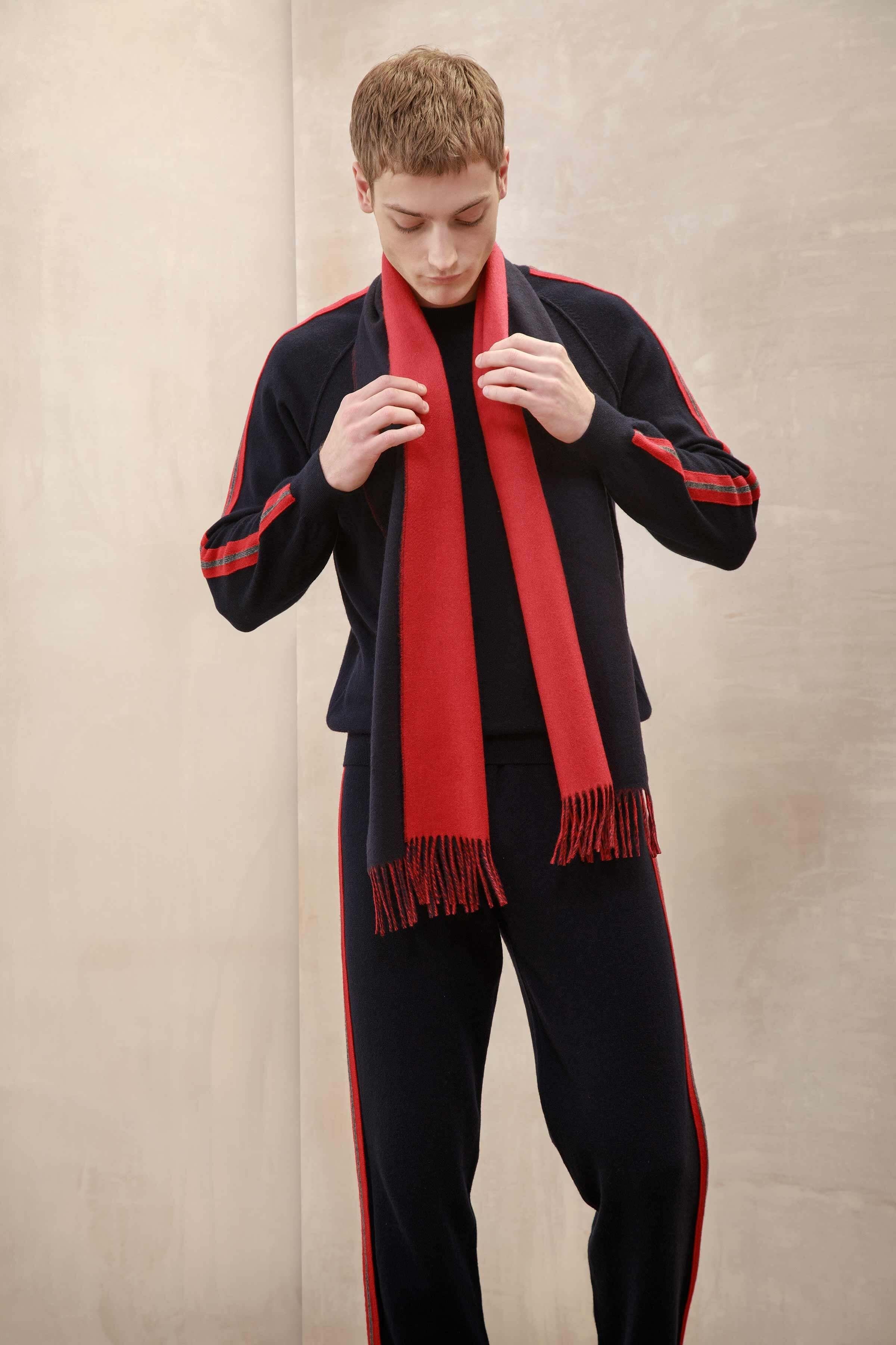 JOHNSTONS OF ELGIN NAVY & RED CONTRAST REVERSIBLE CASHMERE SCARF