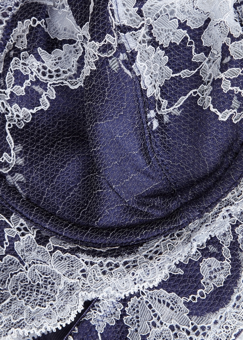 6e33c14e331c7 Wacoal Lace Affair navy soft-cup bra - Harvey Nichols