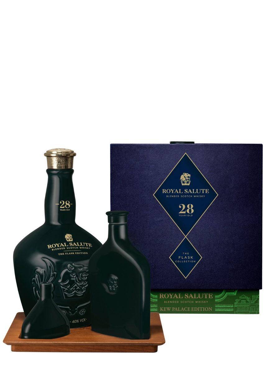 52f03d36d111 Royal Salute 28 Year Old Kew Palace Edition Blended Scotch Whisky