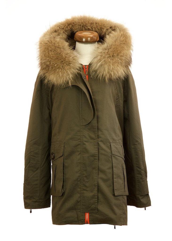 c70c84cb7b7 Green parka jacket with natural raccoon fur collar ...