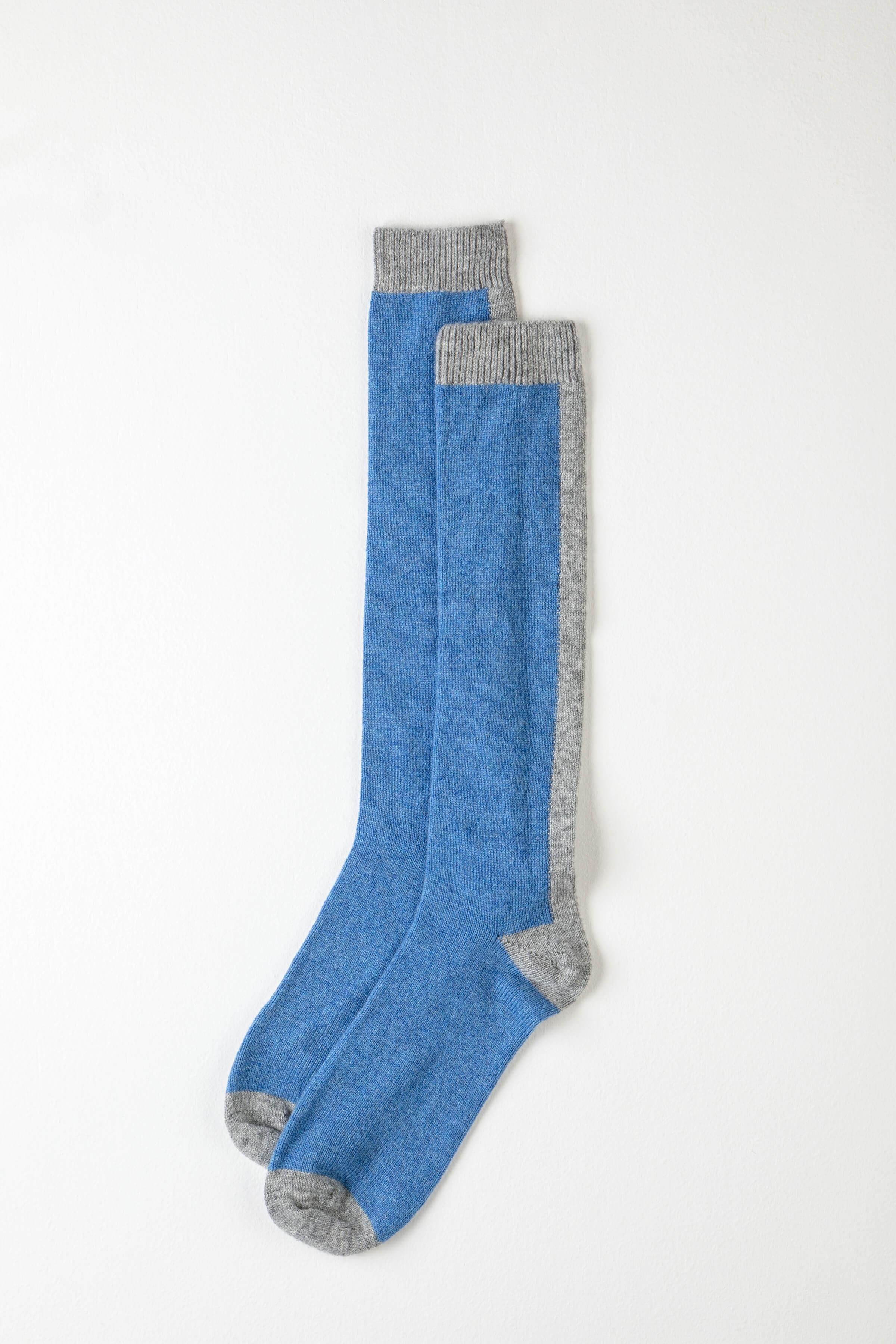JOHNSTONS OF ELGIN Johnstons Of Elgin Delph Blue Long Colour Block Womens Cashmere Socks