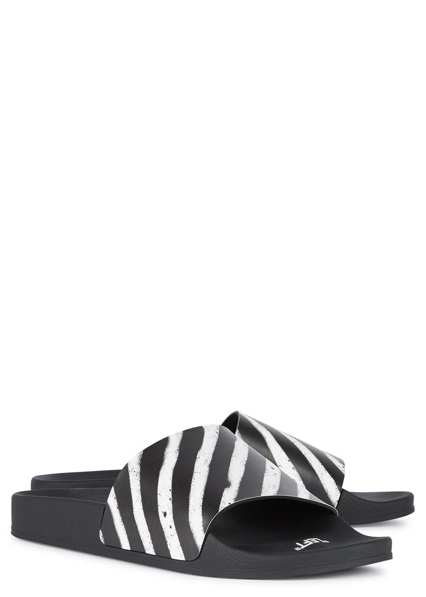 5938db353 Spray black striped rubber sliders Spray black striped rubber sliders