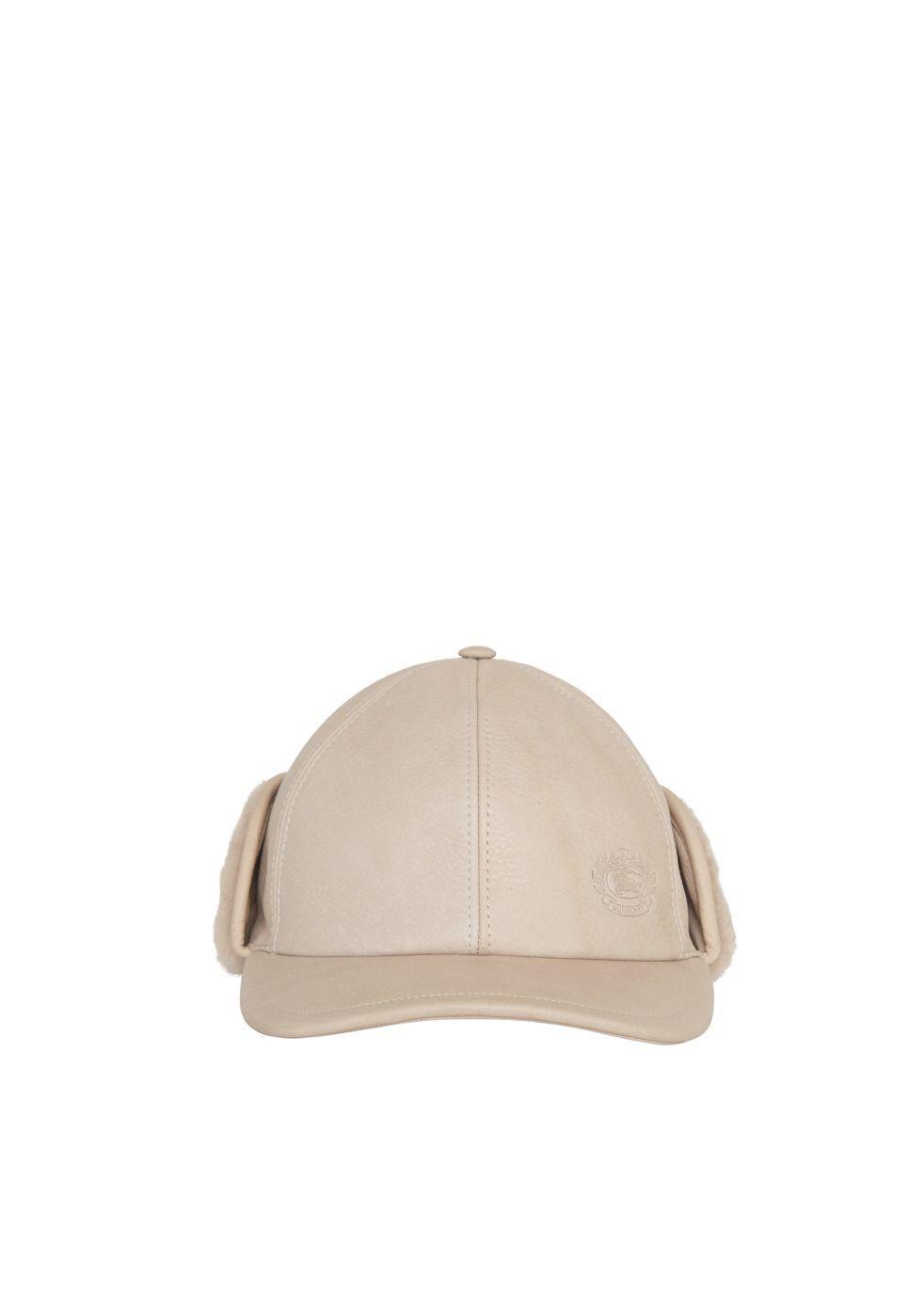 Nude wife in ball cap