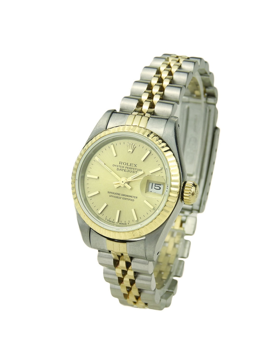 bd558c53626 Women s Designer Watches - Gold   Silver Styles - Harvey Nichols