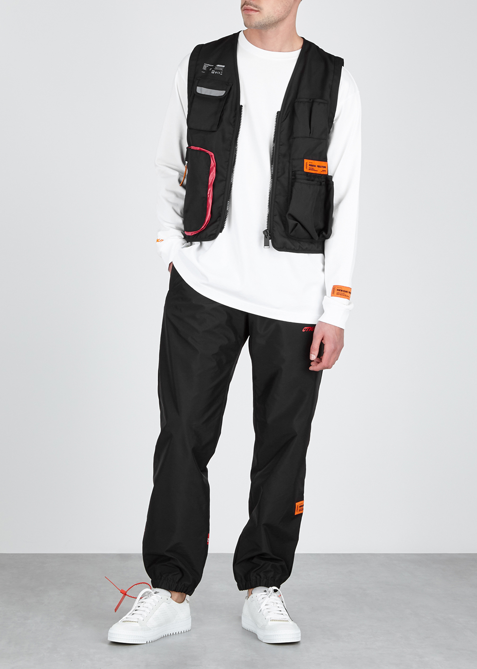 41de59e9e9d0 Heron Preston Black nylon gilet - Harvey Nichols