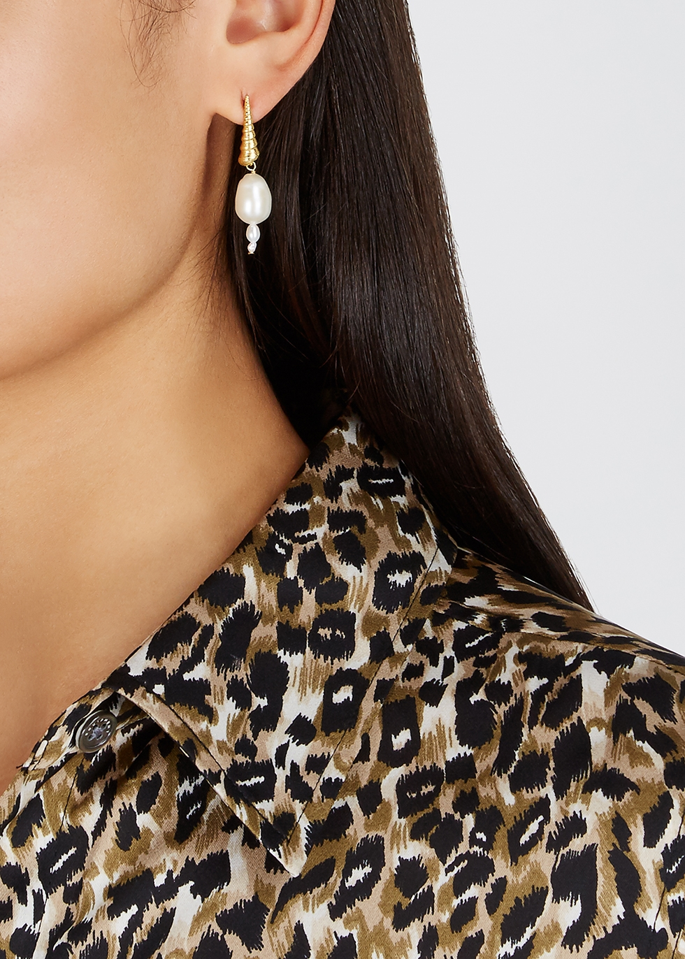 Turret Shell 18kt gold-plated drop earrings - ANNI LU