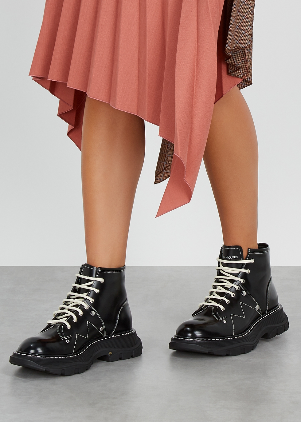 Alexander McQueen Black leather ankle
