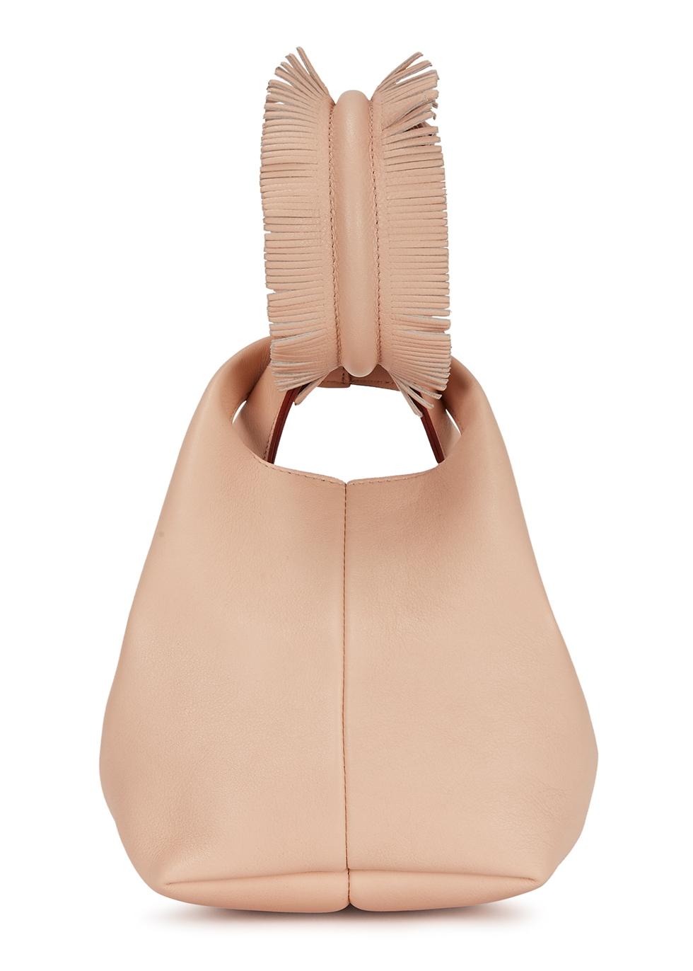Petite V powder-pink leather clutch - Elena Ghisellini