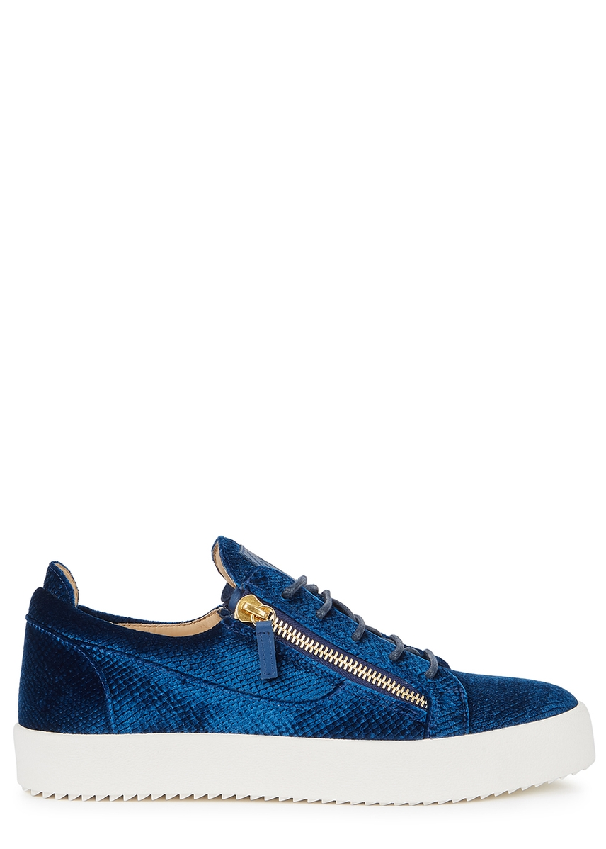 the best attitude 5c904 ad2d8 May python-effect velvet trainers ...
