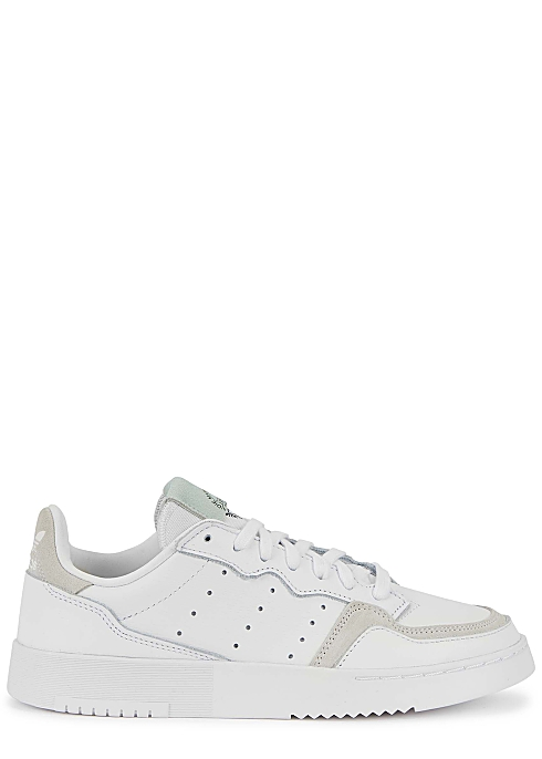 medida Marte Por encima de la cabeza y el hombro  ADIDAS ORIGINALS Supercourt white leather sneakers - Harvey Nichols