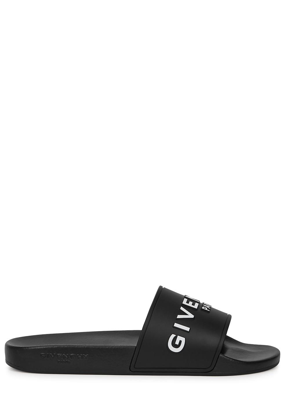 Black logo-embossed sliders