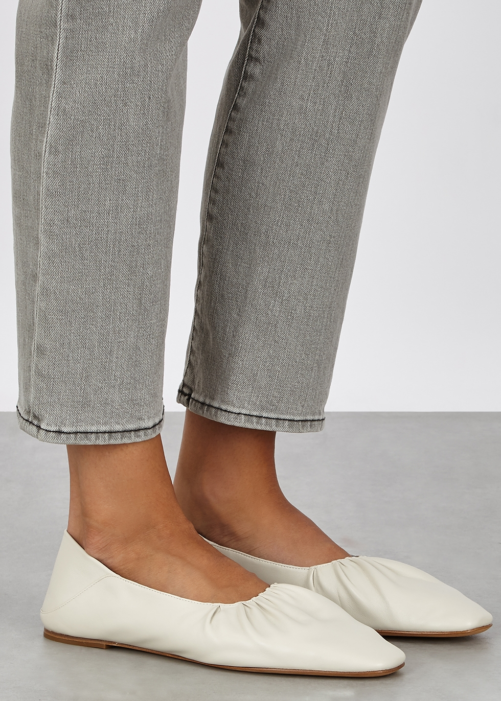 Women's Designer Flats - Flat Shoes