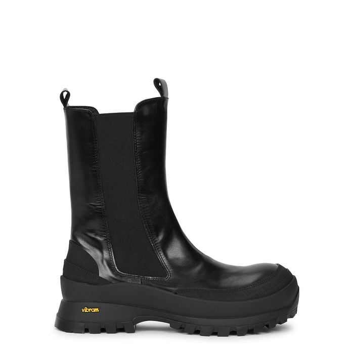 Low Classic CHUBBY BLACK LEATHER CHELSEA BOOTS