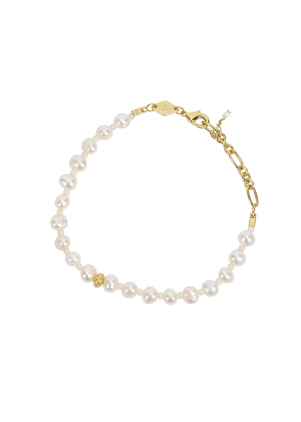 Stellar pearl bracelet