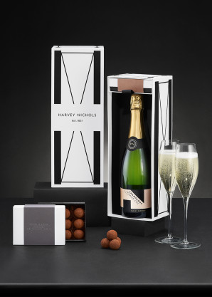 Harvey Nichols Champagne & Dark Chocolate Truffles 125g Gift Box