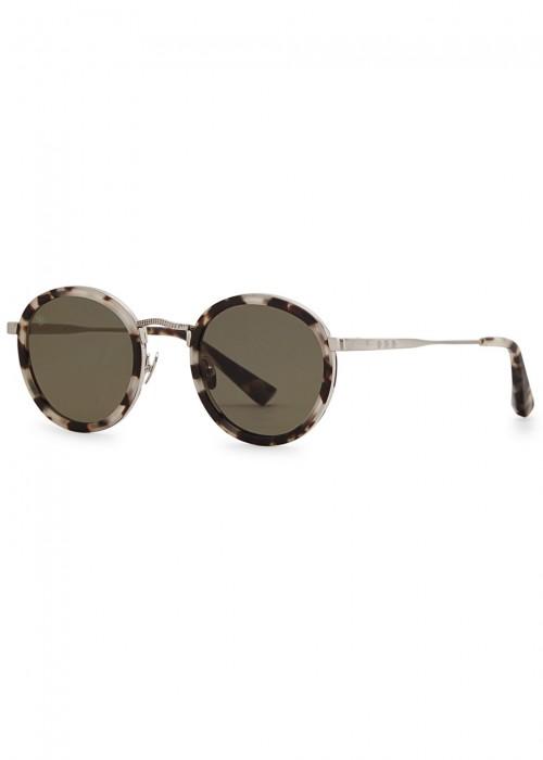Zero Tortoiseshell Round-Frame Sunglasses in Black